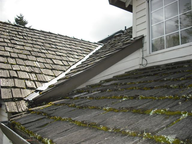 Cedar Roof Before Replacement